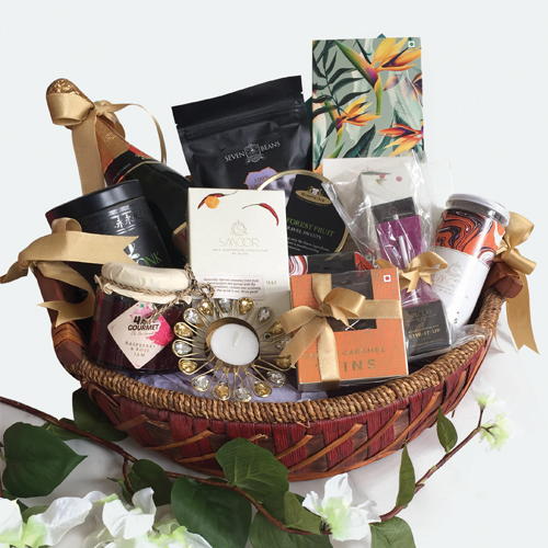Buy The Bountiful Hamper  Online