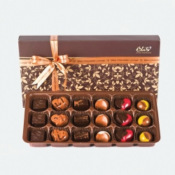 Buy Bliss 18 piece chocolate box Online