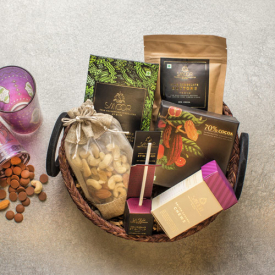 Buy Handcrafted Hamper small Online